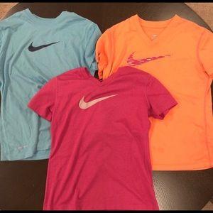 set of 3 nike girls shirts